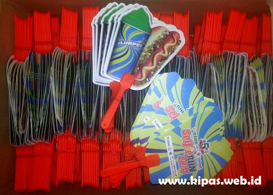 Kipas Plastik Seven Eleven